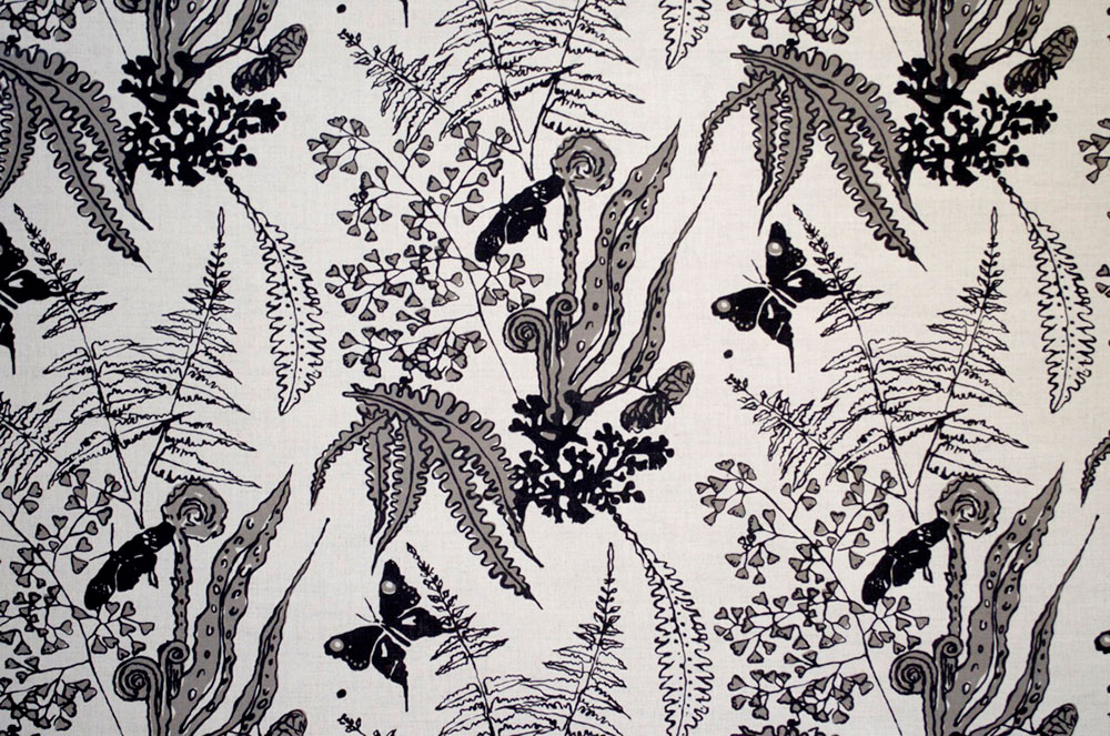black-Ferns-on-Linen