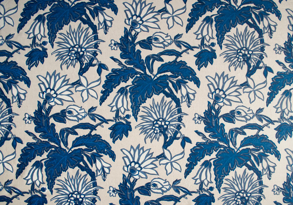blue-on-linen-strange-bloom---full-repeat